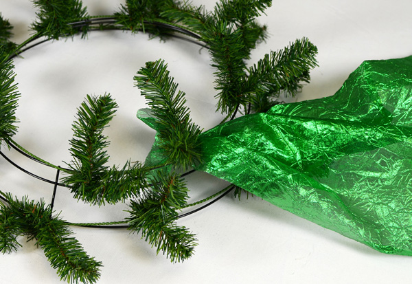 Step 1 of St. Patrick's Day wreath tutorial