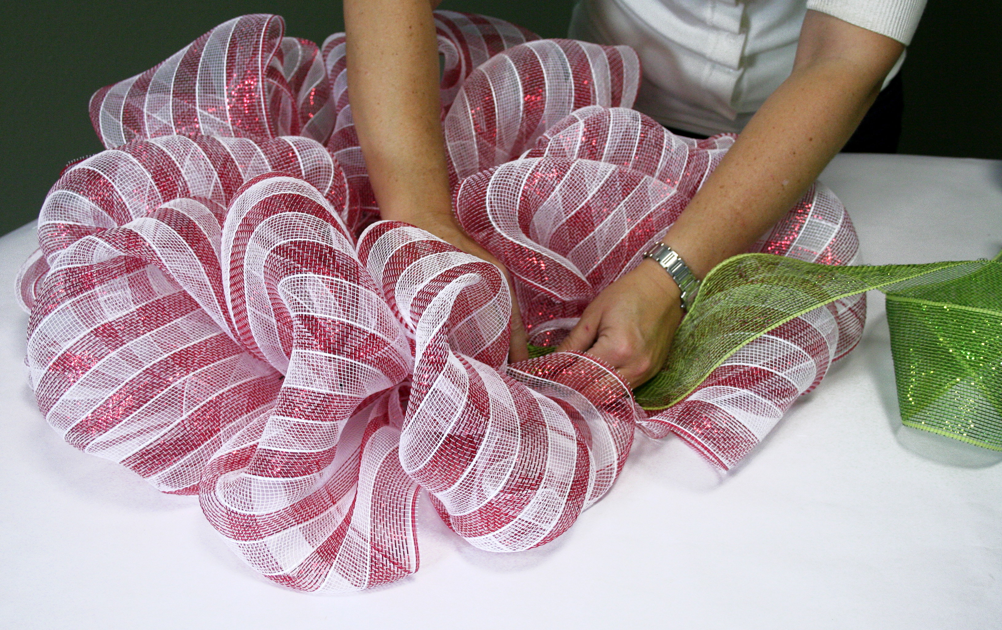 Candy cane stripe holiday wreath Making wreaths
