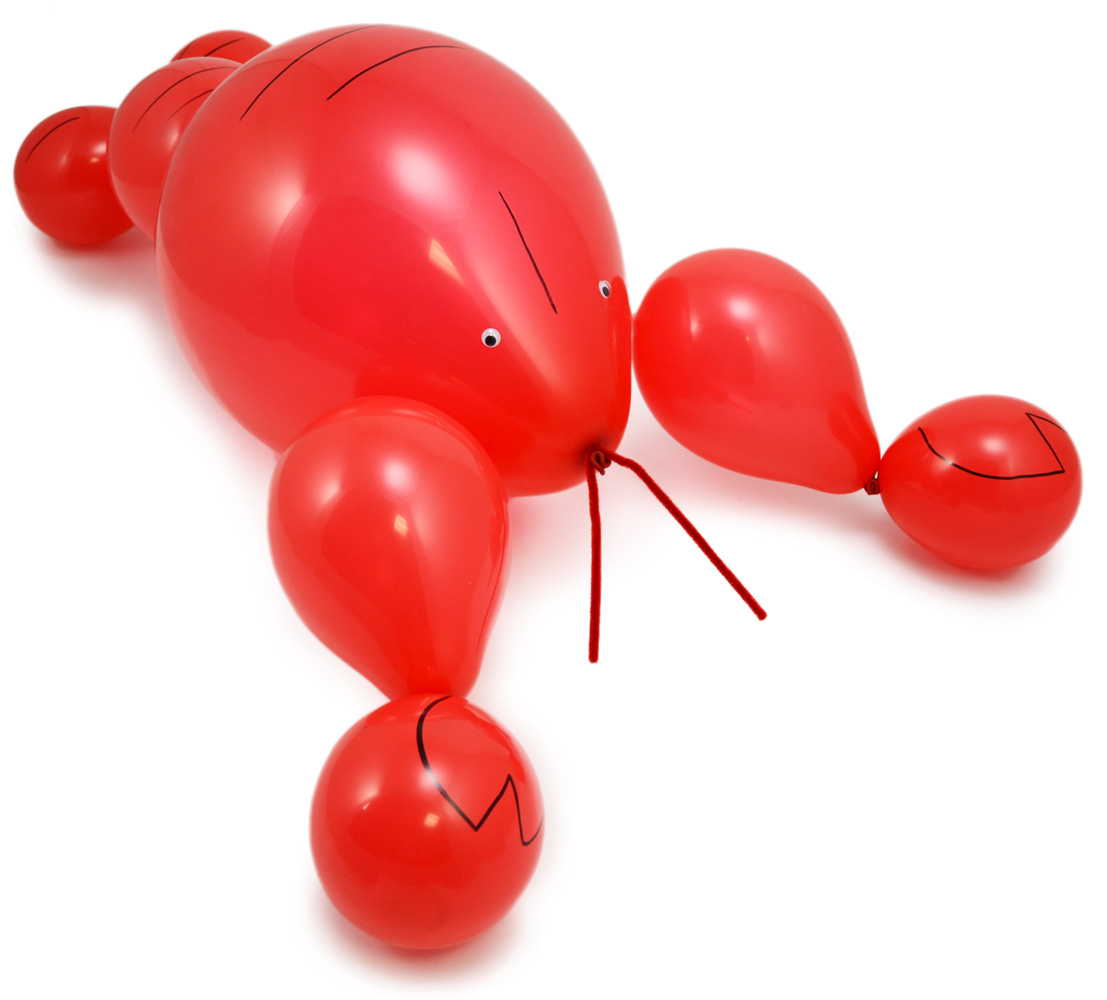 Create a crawfish balloon decoration