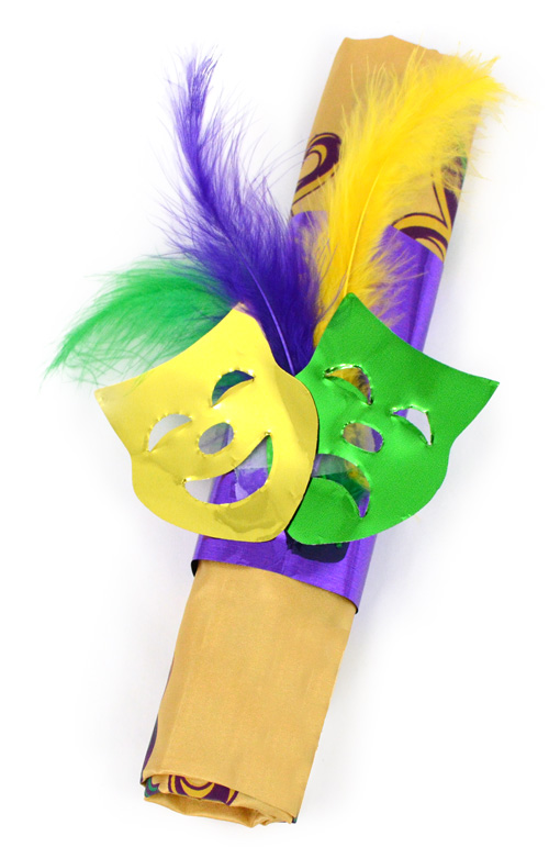 Party ideas by mardi gras outlet mardi gras table for Mardi gras masks crafts