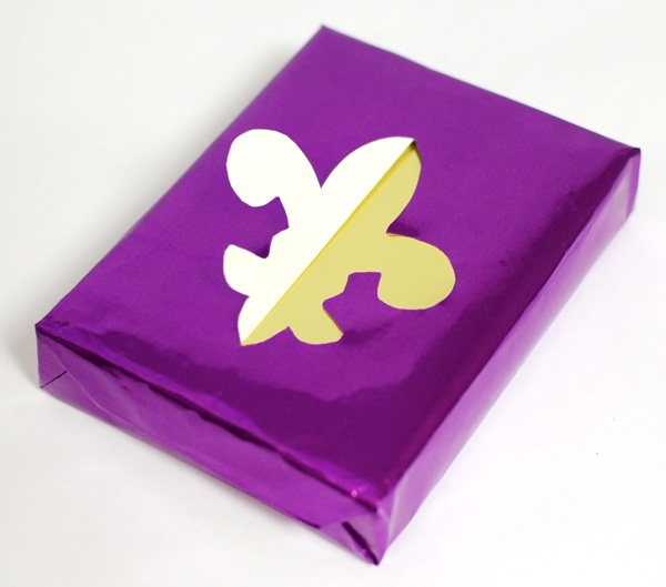 diy gift wrap mardi gras cut out fleur de lis wrapping idea