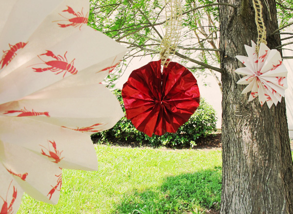 crawfish boil lobster outdoor party ideas decorations
