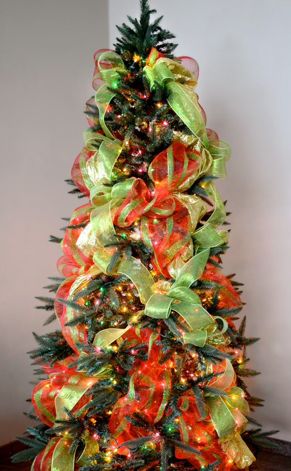 christmas tree decorating ideas with mesh ribbon photo2