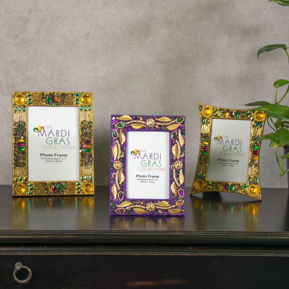 Mardi Gras Purple Jewel Leaf Frame (4\